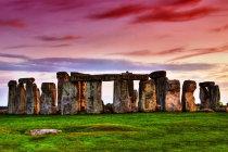 anglija_stonehenge.jpg
